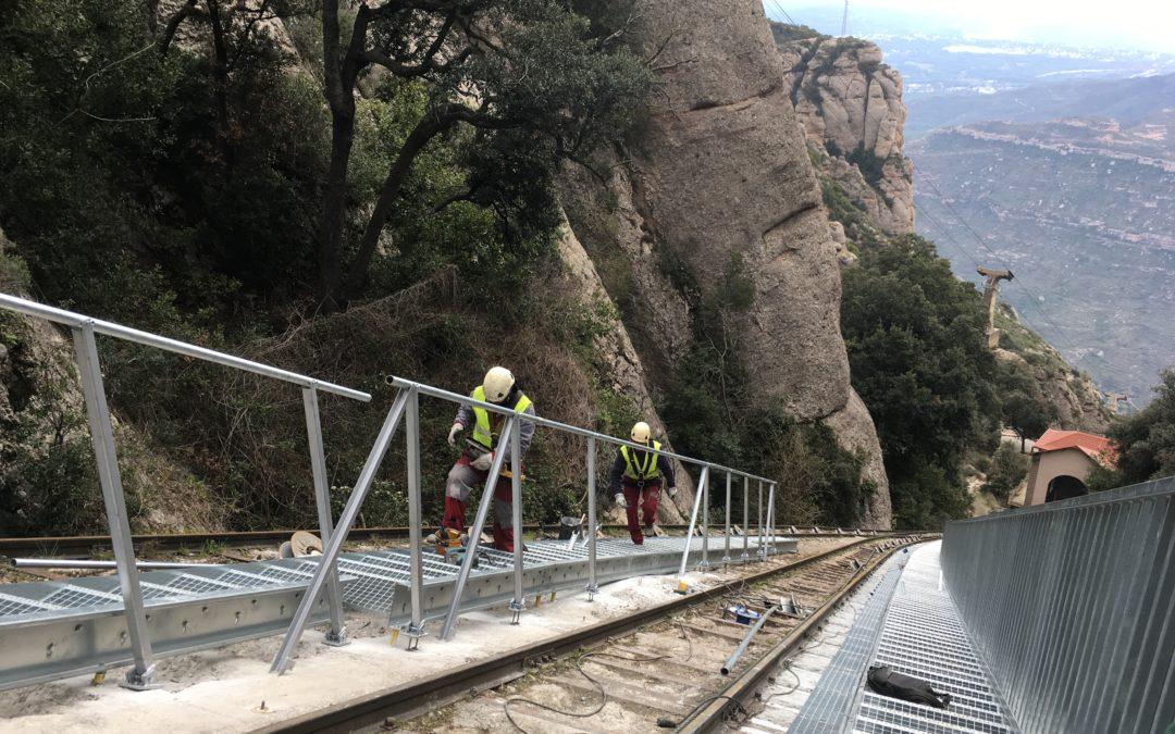 Acabada la col·locació de les noves escales d'emergència i serveis del Funicular de la Santa Cova