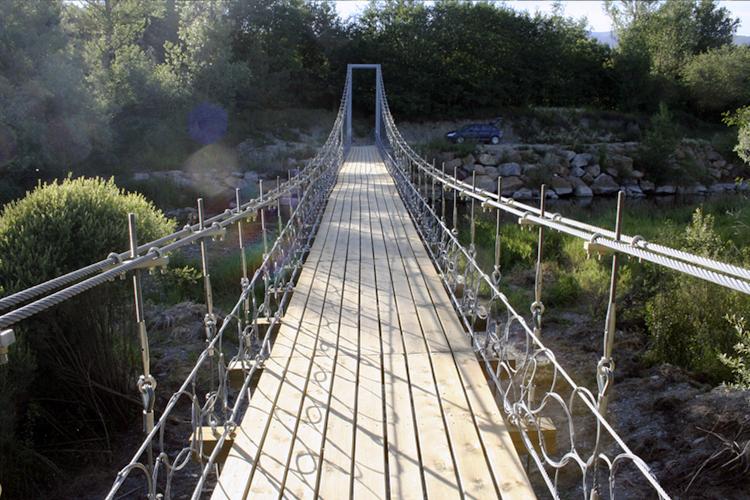 Puente colgante de Sanavastre, Isòvol, Cerdanya