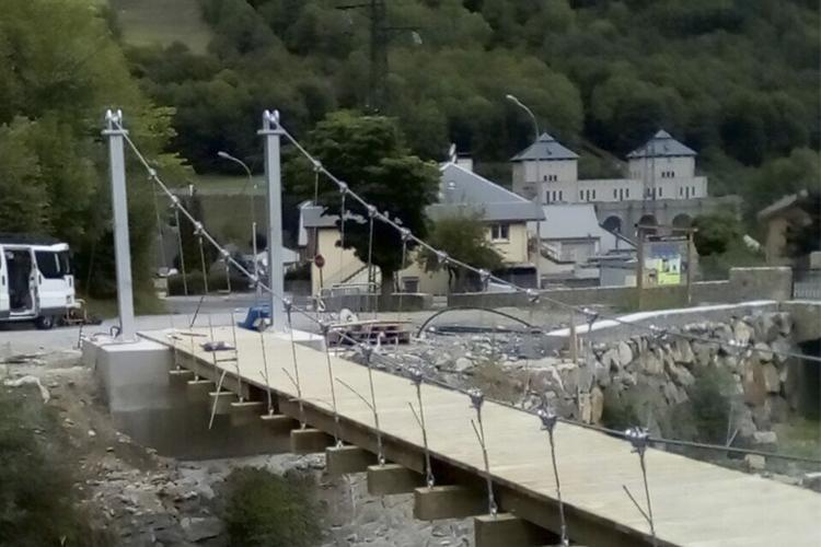 Pont suspendu de la Sarre, Luz Saint Sauvier, France