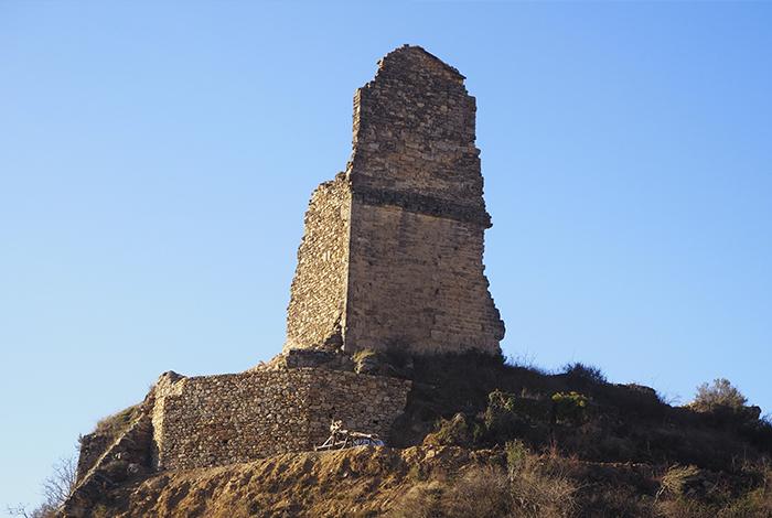 iMuntanya participa en la recuperació del Castell de Conques al terme d'Isona i Conca Dellà