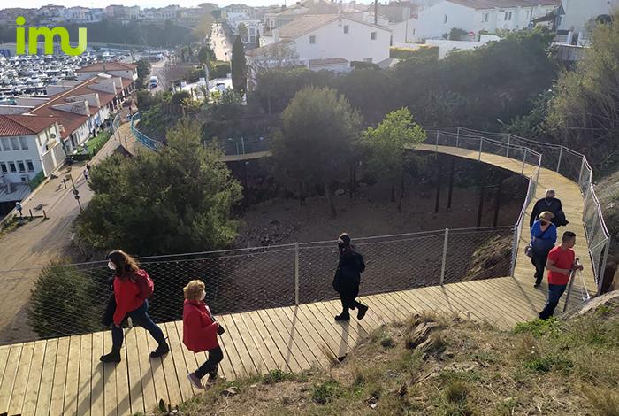Passera ancorada camí de ronda a Palamós